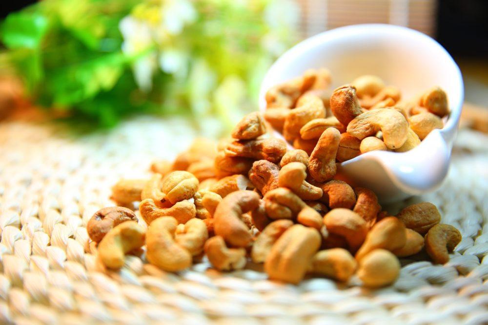 gesunde Kohlenhydrate Nüsse